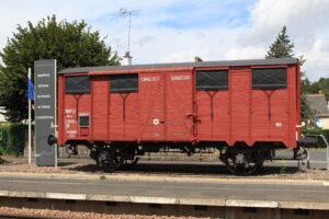 Wagon en gare de Langeais rendant hommage aux évadés des trains de déportations